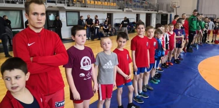 12 medali zapaśników ZKS Radomsko