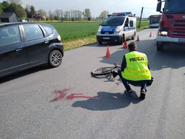 85-letni rowerzysta potrącony przez auto