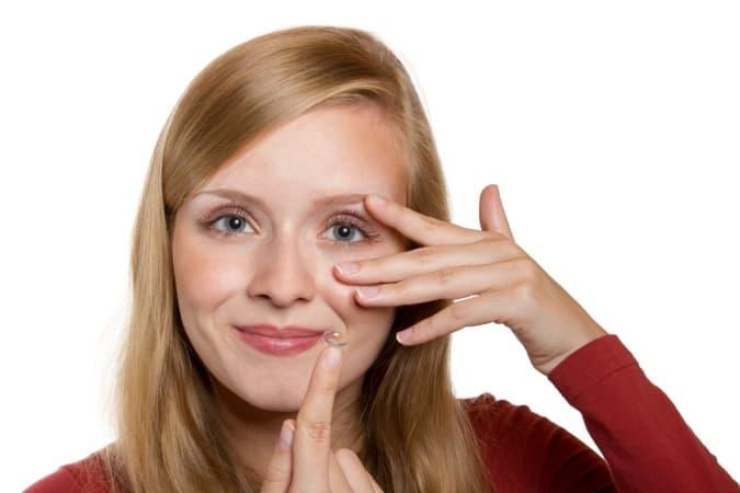 Jak dobrać soczewki kontaktowe do potrzeb i wady wzroku?