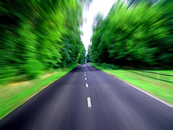 Ponad 322 tys. zł na letnie utrzymanie powiatowych dróg