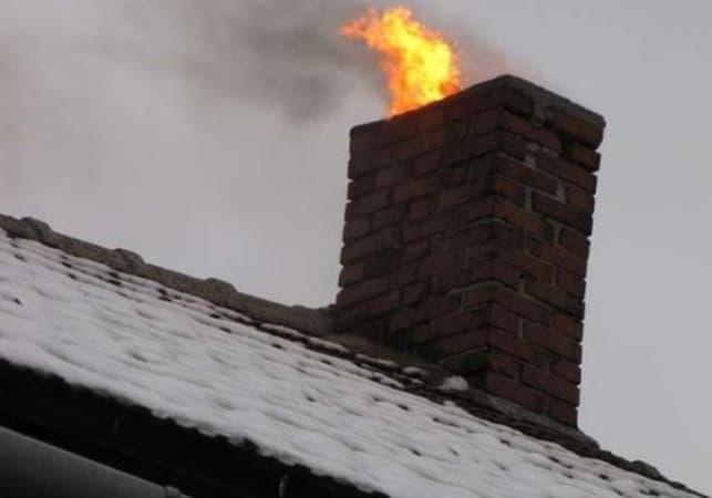 Pożar sadzy w kominie w Kamieńsku