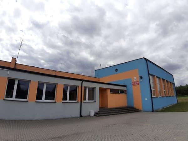 Remont szkoły podstawowej nr 8 w Radomsku