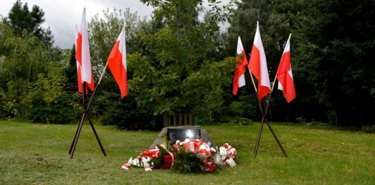 Uroczystości pod Dębem Pamięci w Radomsku