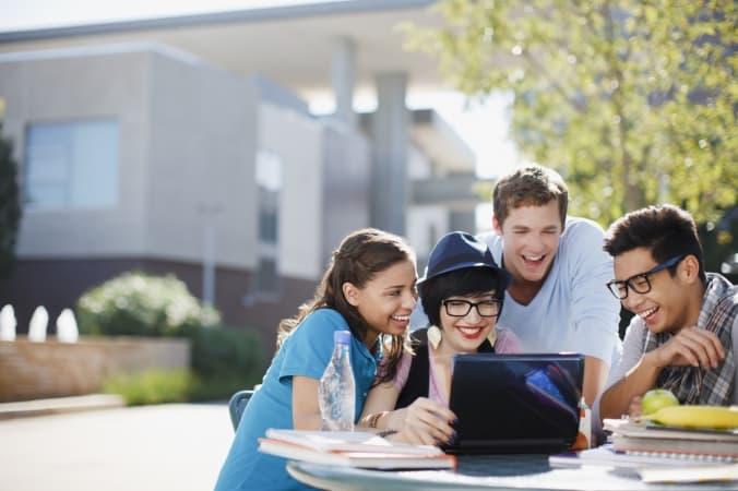 """VII Targi Edukacji i Pracy """"Zaplanuj swoją przyszłość"""""""