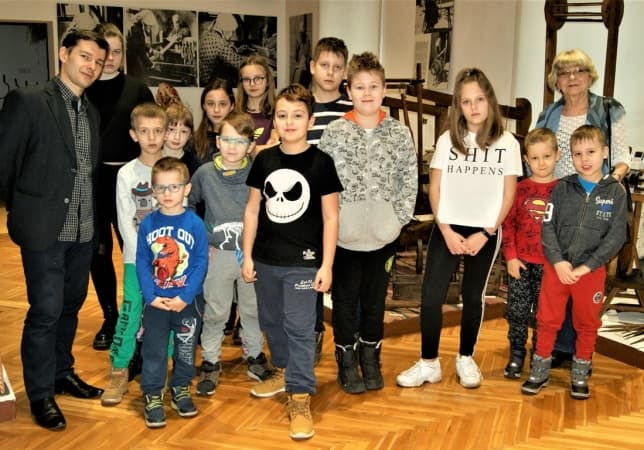 Warsztaty z tworzenia tkanin w muzeum w Radomsku
