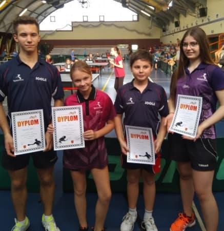 Weekend przy tenisowych stołach UMLKS Radomsko