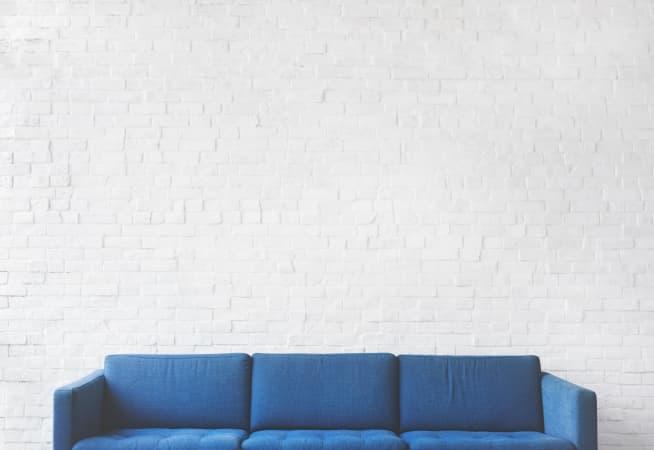 Wybieramy kanapę do swojego domu. Jaka powinna być ta idealna?