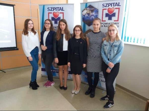 Zawarto umowę współpracy pomiędzy szpitalem a II LO w Radomsku