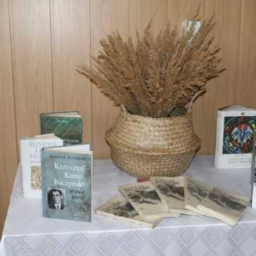 Baczyński – żołnierz, poeta, czasu kurz