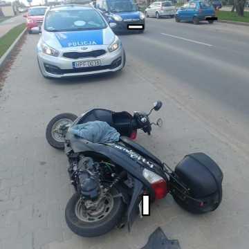 70-letni motorowerzysta trafił do szpitala