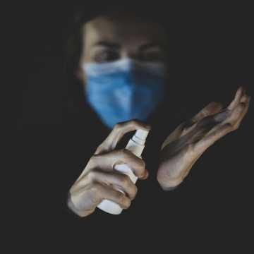 W Łódzkiem są 782 nowe zakażenia koronawirusem, w pow. radomszczańskim - 26