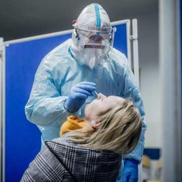 W Łódzkiem odnotowano 561 zakażeń koronawirusem, w pow. radomszczańskim - 25