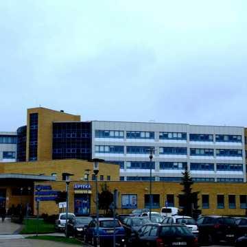 Pierwsze szczepienia pracowników ochrony zdrowia w szpitalu w Radomsku