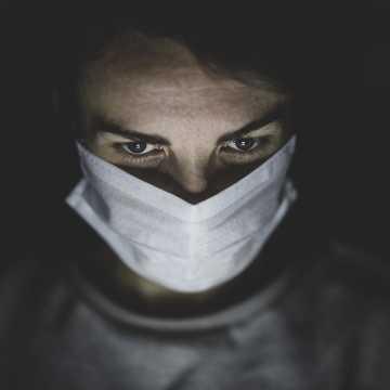 W Łódzkiem są 704 nowe zakażenia koronawirusem, w pow. radomszczańskim - 20
