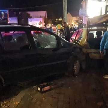 Pijany i bez uprawnień kierowca uszkodził 3 samochody