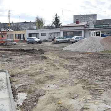 Trwa budowa skweru przy ul. Piastowskiej w Radomsku