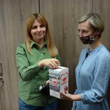 """Powiatowy """"Święty Mikołaj na Kresach"""". Pracownicy starostwa w Radomsku wsparli akcję"""