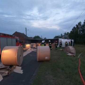 Wypadek ciężarówki koło Gidel