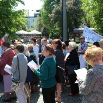 Wiec w obronie wiary w Radomsku