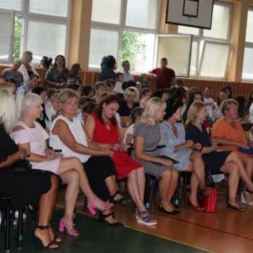 Rozpoczęcie roku szkolnego w Szkole Podstawowej nr 1 w Radomsku
