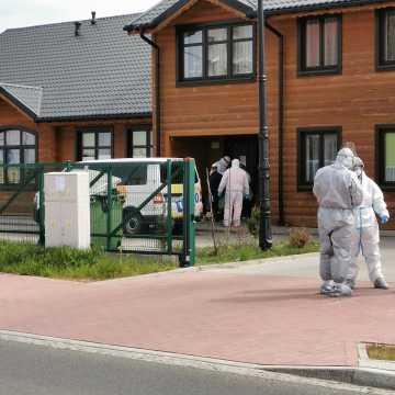 Aż 23 pensjonariuszy DPS w Kleszczowie trafiło do szpitala w Radomsku!