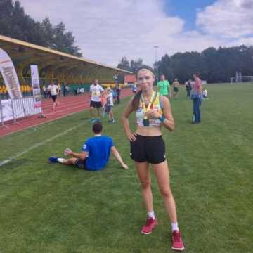 Wataha Bieszczady Extreme Triathlon. Mateusz Półrola z KBKS Radomsko na podium