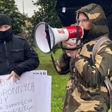 Protestowali przeciwko zawieszeniu działalności oddziału dziecięcego