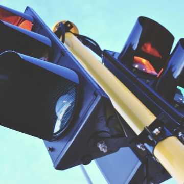 Sygnalizacja świetlna przy PSP nr 5 w Radomsku załatwiona