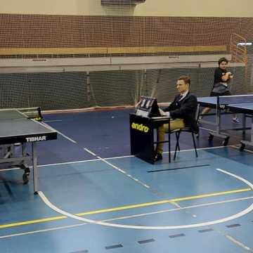 Młodzi tenisiści UMLKS Radomsko rywalizowali w Moszczenicy