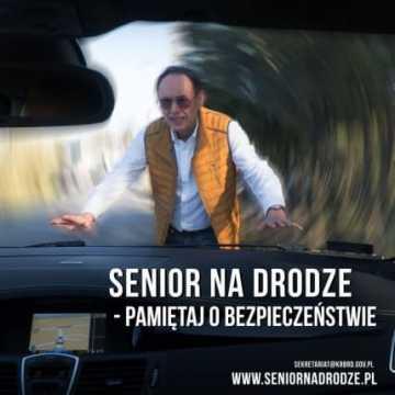 Senior na drodze. Pamiętaj o bezpieczeństwie