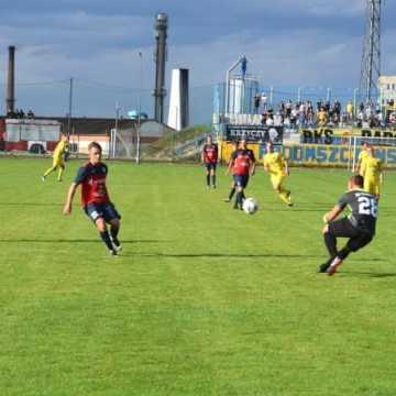 W meczu beniaminków: RKS Radomsko – KS Wasilków 5:0