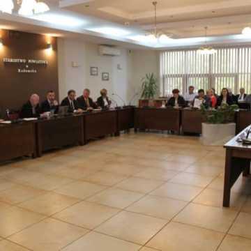 Ministerstwo Rodziny chce wyjaśnień od starosty w sprawie rodziny ze Strzałkowa