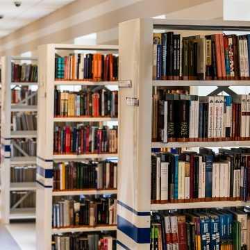 Biblioteka w Kamieńsku wznawia działalność