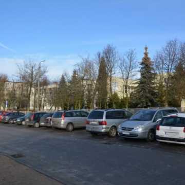 Nowy parking na ulicy Piastowskiej