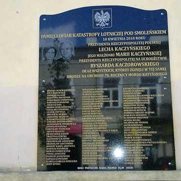 Kolejna tablica smoleńska w Radomsku