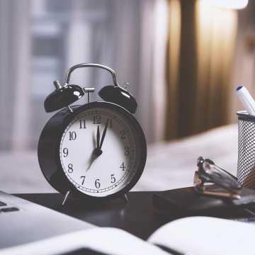 W niedzielę śpimy o godzinę dłużej