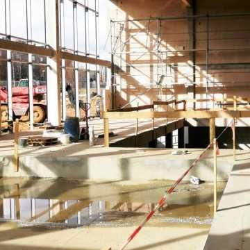 Budowa nowego basenu w Radomsku idzie pełną parą