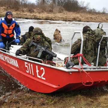 Strażacy z Radomska ćwiczyli z żołnierzami WOT