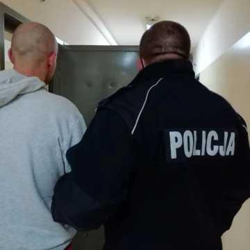 33-latek trzymał dopalacze w swojej skarpetce