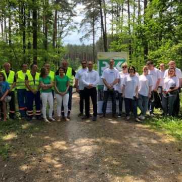 Sprzątanie lasu w Światowym Dniu Ochrony Środowiska