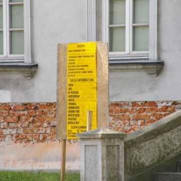 Rozpoczęła się renowacja ścian Klasztoru Ojców Franciszkanów w Radomsku