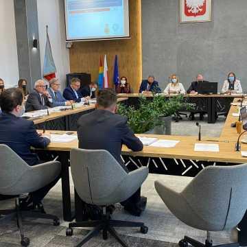 Prezydent Radomska ostrzega: pozwę pana do sądu