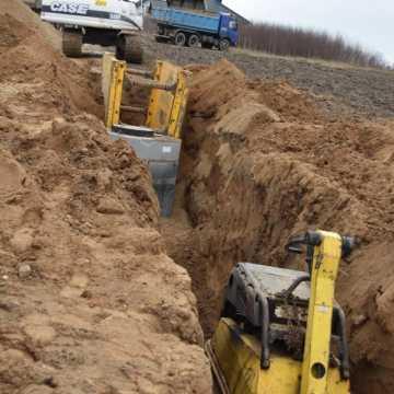 W Kamieńsku trwa budowa kanalizacji. Będą utrudnienia dla kierowców
