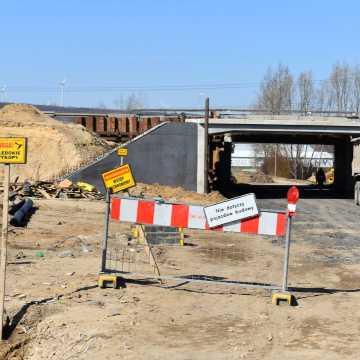 Utrudnienia w ruchu na drodze gminnej Kamieńsk - Koźniewice