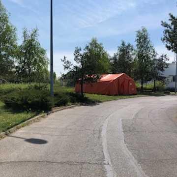 Punkt pobrań wymazów typu drive – thru działa już przy Szpitalu Powiatowym w Radomsku
