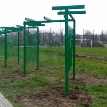 Nowe wyposażenie w parku przy wielorybku