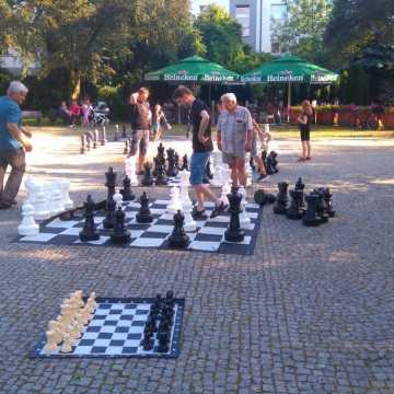 Szachiści rywalizowali w plenerze
