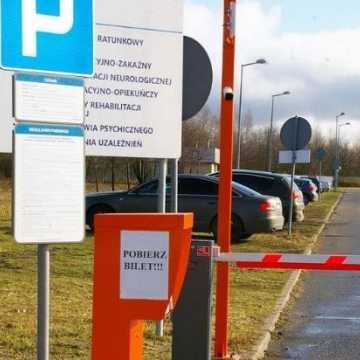 Jak działa nowy system parkingowy Szpitala Powiatowego w Radomsku?