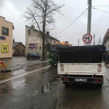 Awaria wodociągu na ul. Krasickiego. Utrudnienia w ruchu