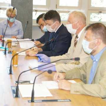 Prezydent Radomska otrzymał wotum zaufania oraz absolutorium